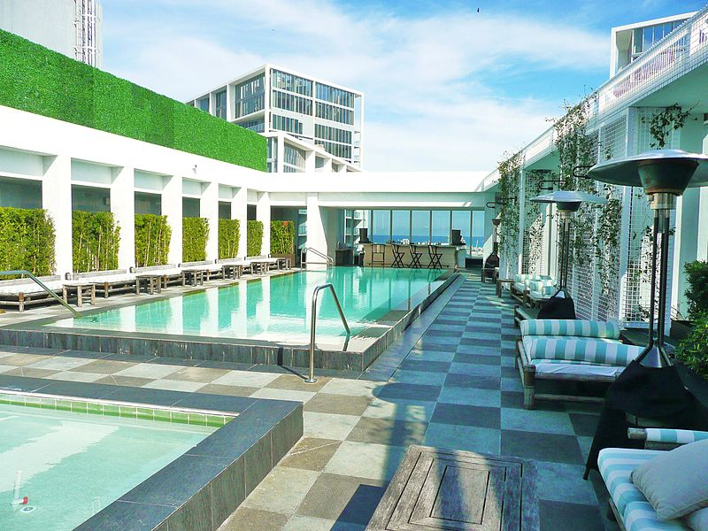 Checking in at Miami's Viceroy Hotel – Adrienne Away